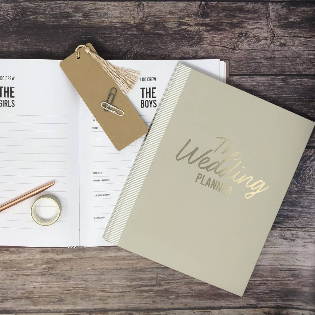 original_ultimate-wedding-planner-in-limited-edition-mulberry (5)