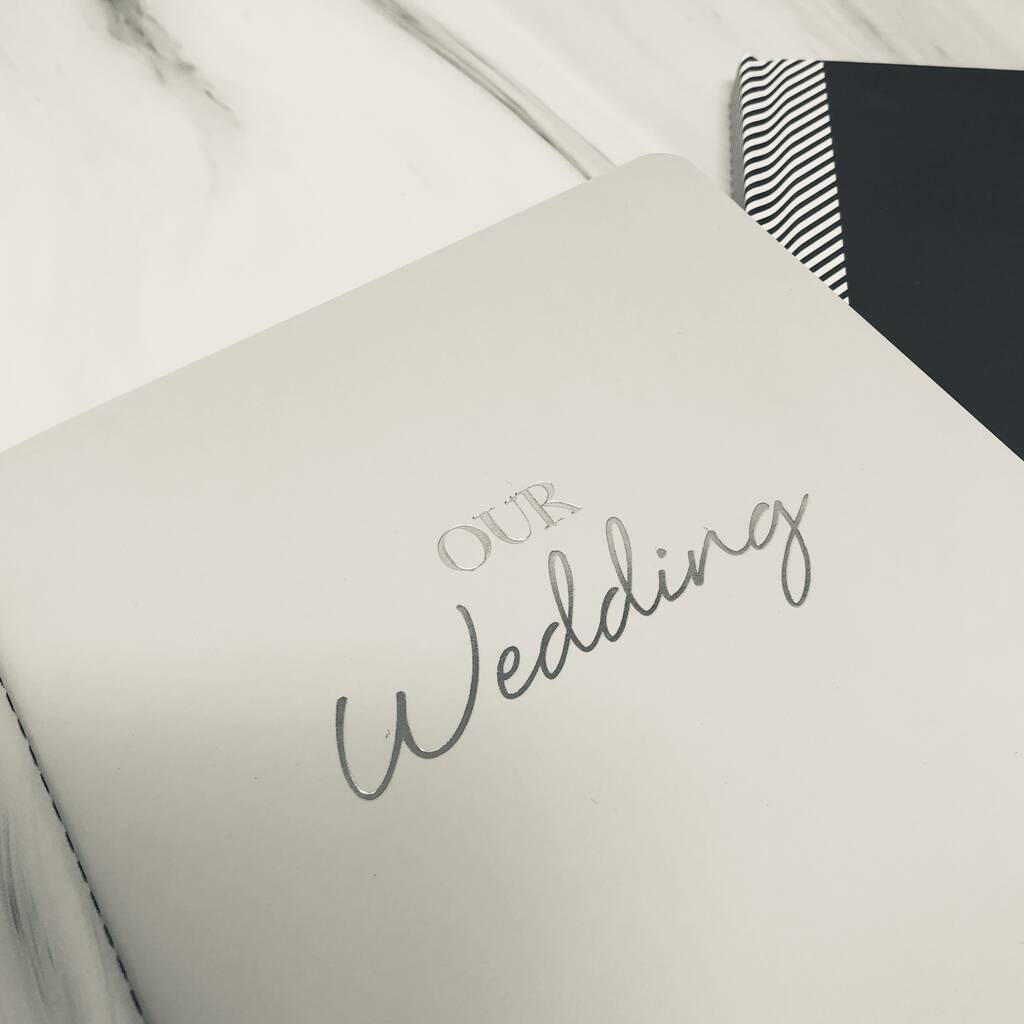 original_ultimate-wedding-planner-in-limited-edition-mulberry (8)